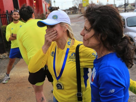 Runners pay tribute to Boston victims