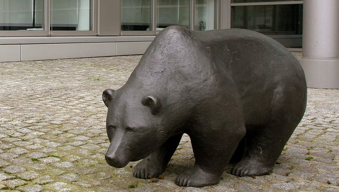 The bear statue in front of the New Stock Market in Frankfurt.