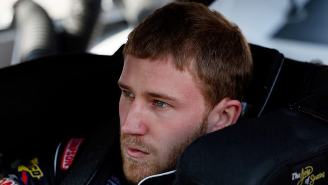 Jeffrey Earnhardt will drive for his uncle's JR Motorsports team in Richmond.