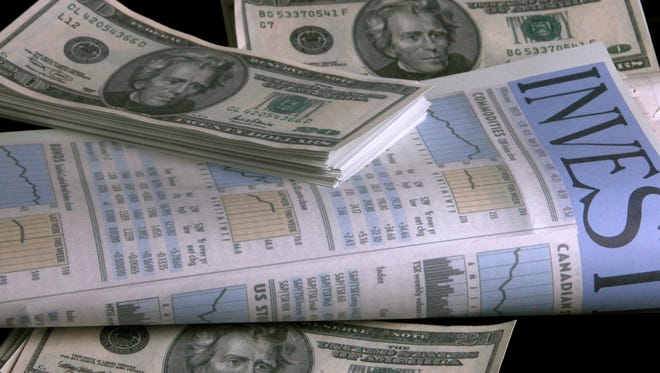 Money Watch: Are bonds a smart investment?