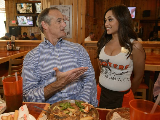 hooters terry marks