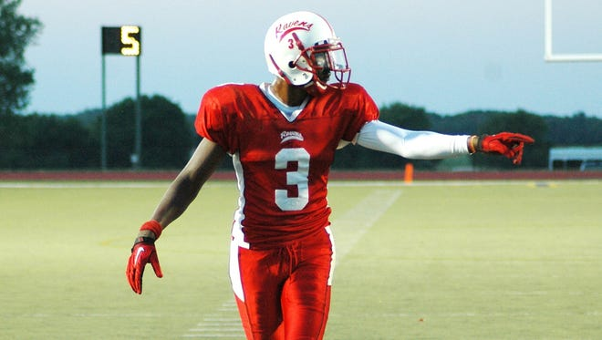 Duron Carter in a game with Tyler (Texas) Community College on Aug. 28, 2010.