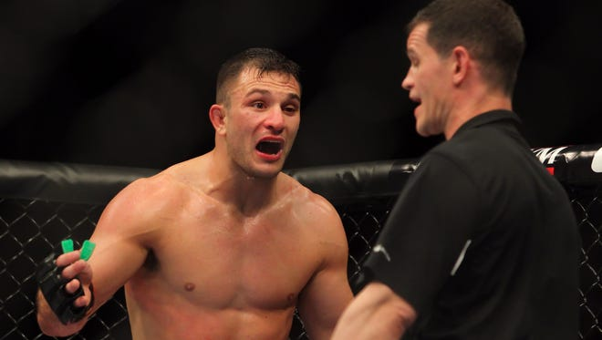 Gian Villante complained to the official after his fight was waved off against  Ovince St. Preux following an accidental eye gouging by St. Preux at UFC 159. Villante argued he should have been given time to regain full vision.