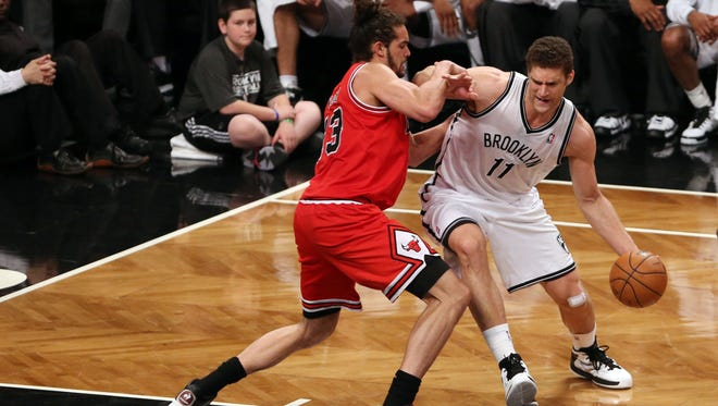 Brook Lopez and the Brooklyn Nets defeated the Chicago Bulls in Game 5 of their first-round playoff series.