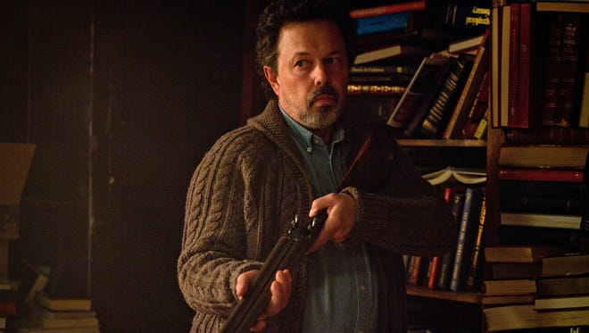 Curtis Armstrong guest-stars as Metatron on 'Supernatural.'