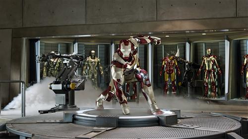 Iron Man 3 rocks swanky, new suits | USA Entertain...