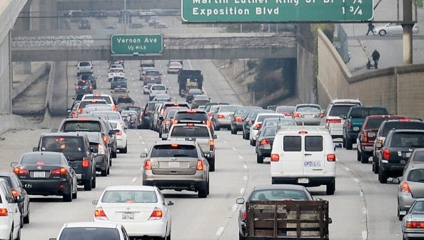 This, the No. 1 worst-traffic city, has a congestion score of 28.8 and an average commute time of 28.6 minutes.