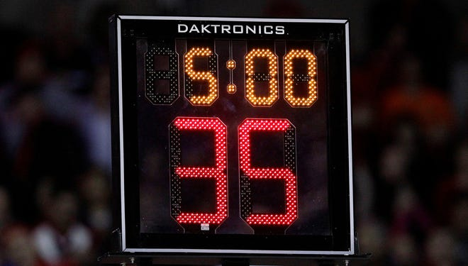 Talk of resetting the college men's basketball shot clock, currently set at 35 seconds, comes after NCAA Division I teams averaged 67.5 points in 2012-13, lowest in more than 60 years.