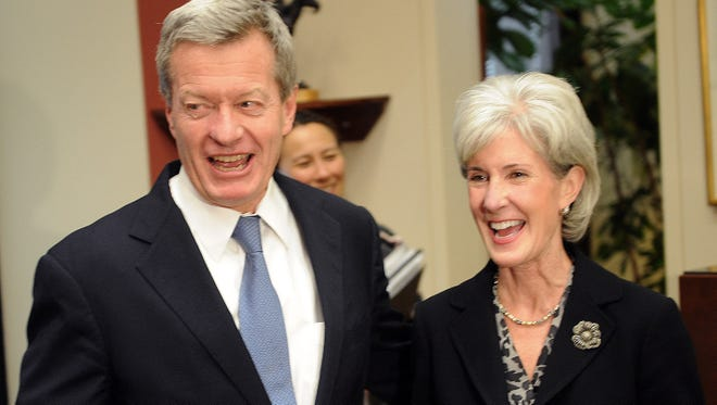 Kathleen Sebelius, secretary of Health and Human Services, and Sen. Max Baucus in 2009.