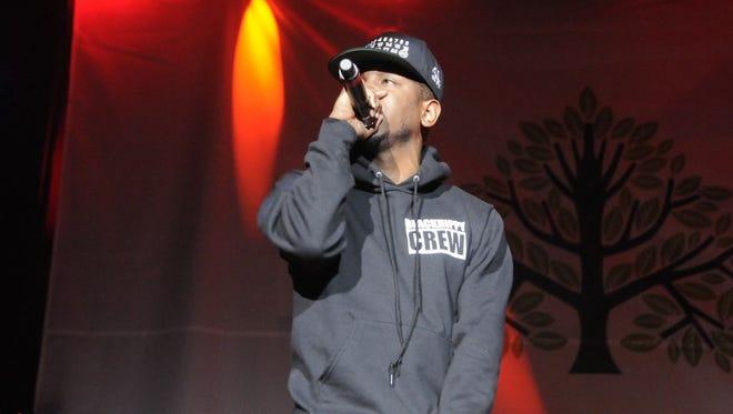 Kendrick Lamar rapped to screaming fans at Sweetlife.