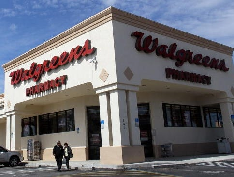 walgreen extends cvs caremark agreement