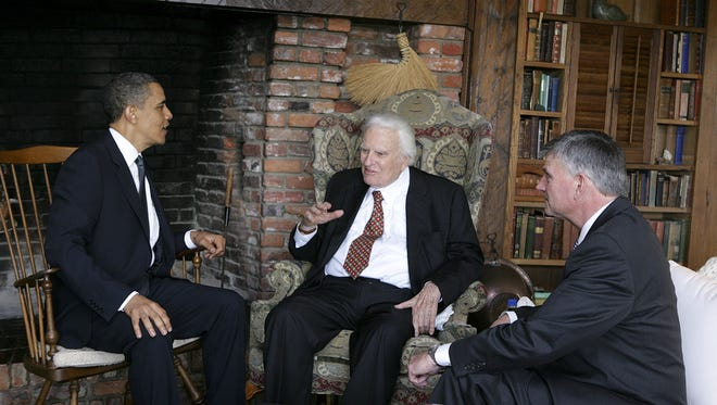 President Barack Obama met with the Rev. Billy Graham and his son, Franklin Graham, at Graham's mountaintop home in Montreat, N.C., on Sunday, April 25, 2010.