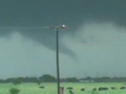 Mayday, Mayday 1368716662000-tornado-1305161154_4_3_rx404_c534x401