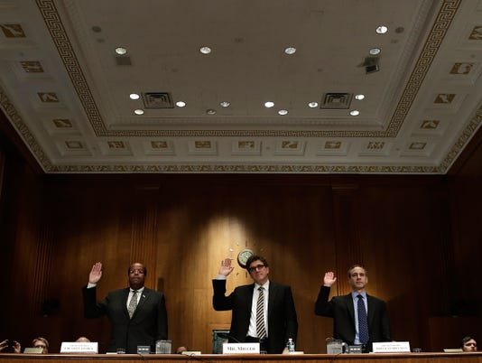 IRS official in Tea Party scandal to plead the Fifth