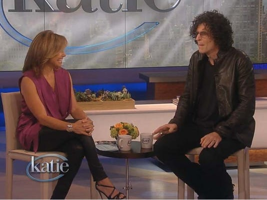 Howard Stern wants 'threesome' with Katie Couric