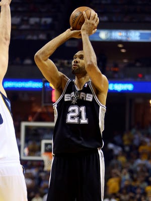 Tim Duncan had 24 points and 10 rebounds in the Spurs' Game 3 win.