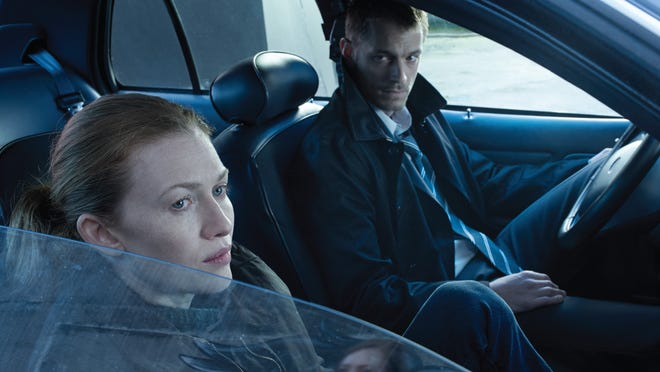 Sarah Linden (Mireille Enos) and Stephen Holder (Joel Kinnaman) are now on the trail of a serial killer who preys on homeless teens in Seattle.
