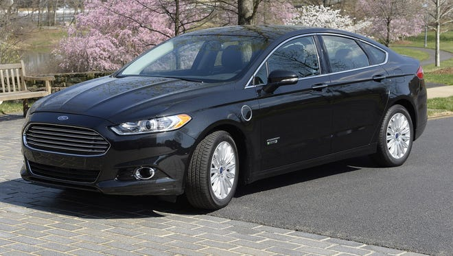 The Ford Fusion plug-in hybrid uses electricity and a hybrid engine.  A study from the University of Michigan Transportation Research Institute finds that the percentage of 19-year-olds with a driver's license has fallen below 70%, its lowest point in nearly 30 years.