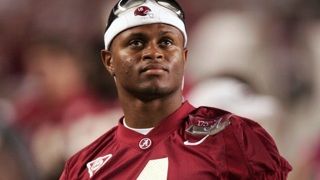 Former Alabama wide receiver (4) Tyrone Prothro redshirted during the 2006 season because of an injury that ultimately cut short his playing career.