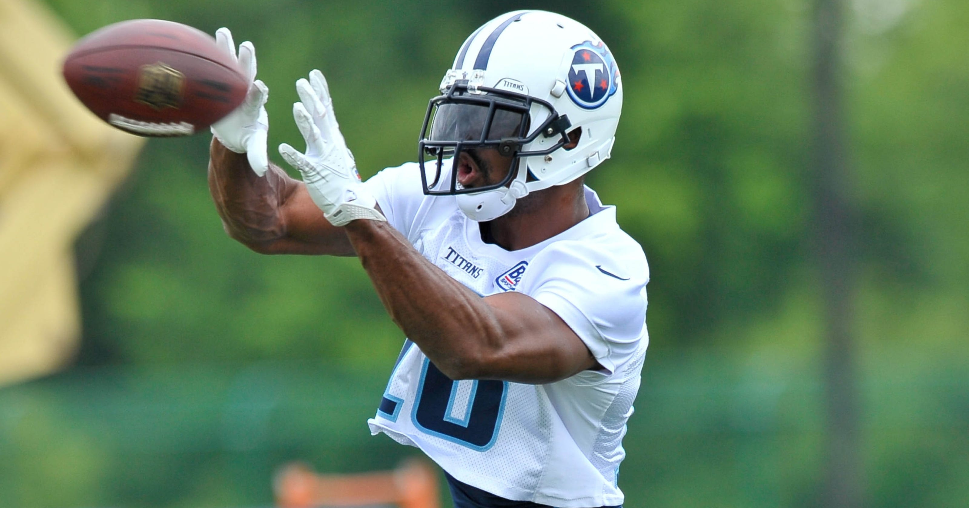 """Image result for Kenny Britt Updates His Recovery from a Torn ACL and MCL, Breaks Down the Titans' Top Draft Pick"""""""