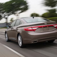 Research 2013                   HYUNDAI Azera pictures, prices and reviews