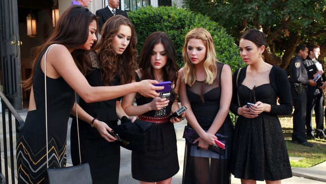 The mysterious experiences of Shay Mitchell, left, Troian Bellisario, Lucy Hale, Ashley Benson and Janel Parrish keep 'Pretty Little Liars' viewers on the edge of their seats and ready to tweet.