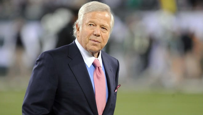 Patriots owner Robert Kraft seems excited by the arrival of QB Tim Tebow.