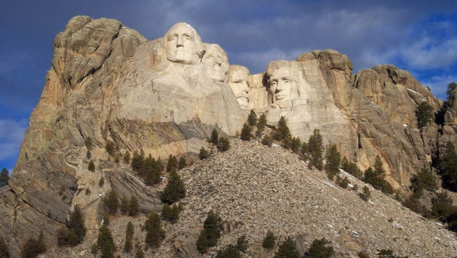 Carvings of Presidents George Washington, Thomas Jefferson, Theodore Roosevelt and Abraham Lincoln took 14 years to complete.
