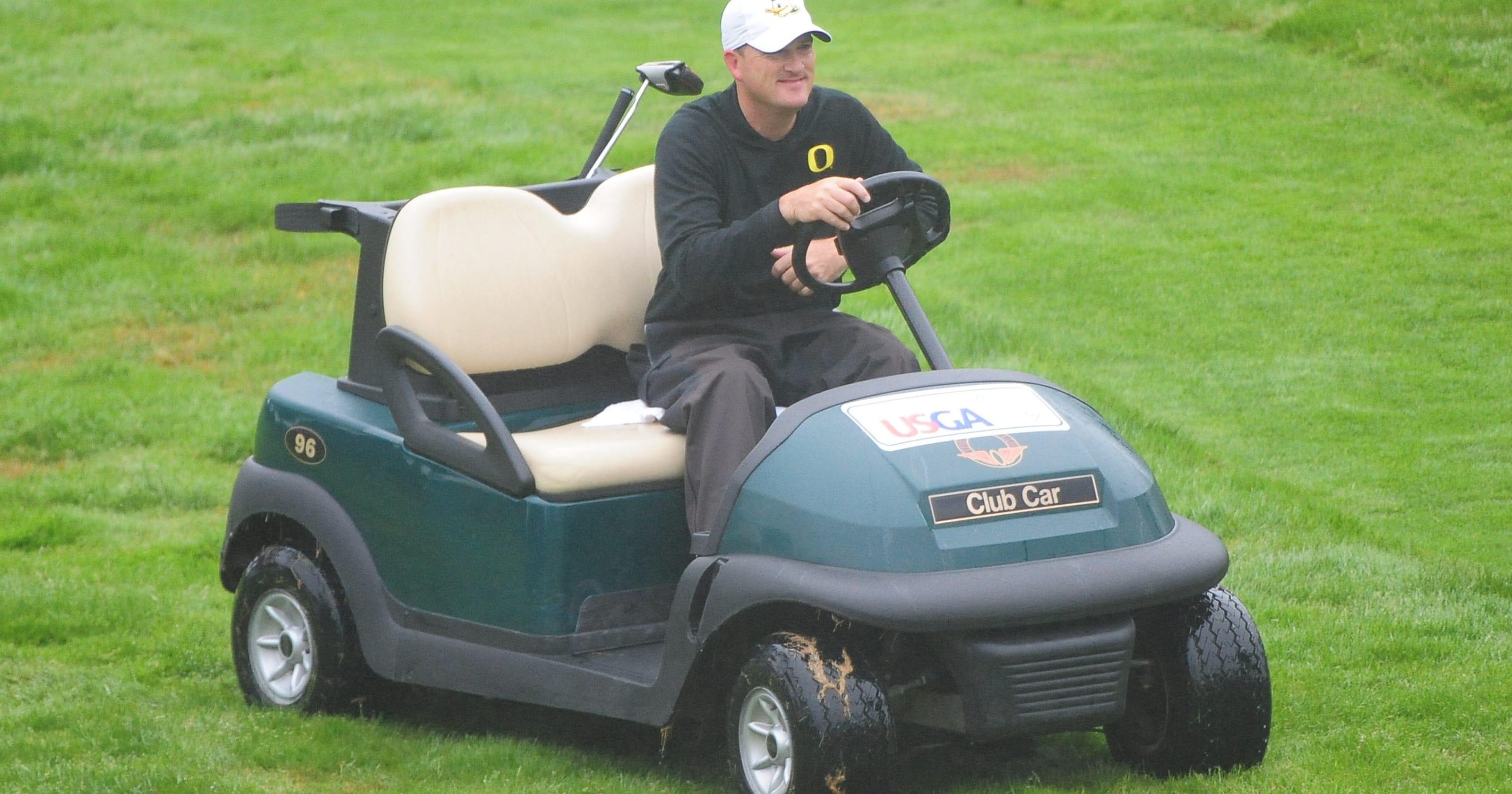 Casey Martin's golf cart sparks controversy again on golf players, golf accessories, golf hitting nets, golf girls, golf trolley, golf cartoons, golf card, golf buggy, golf tools, golf handicap, golf machine, golf words, golf games,