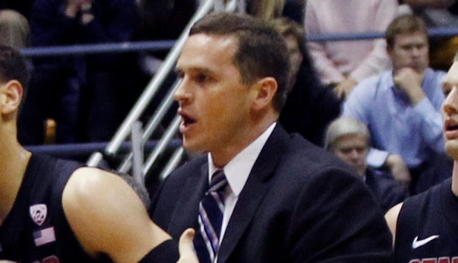 Mark Madsen has been added to the Los Angeles Lakers coaching staff.