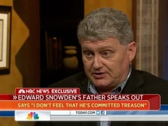 Snowden's dad worries about son's ties to WikiLeaks
