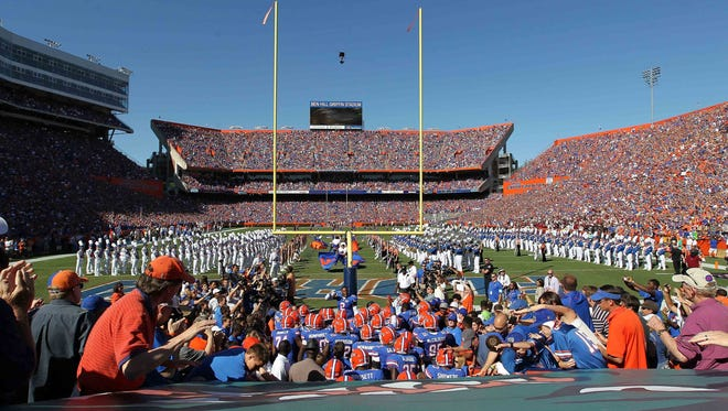 Fans of the Florida Gators have high expectations for linebacker Antonio Morrison, who reached a settlement in his assault case Friday.