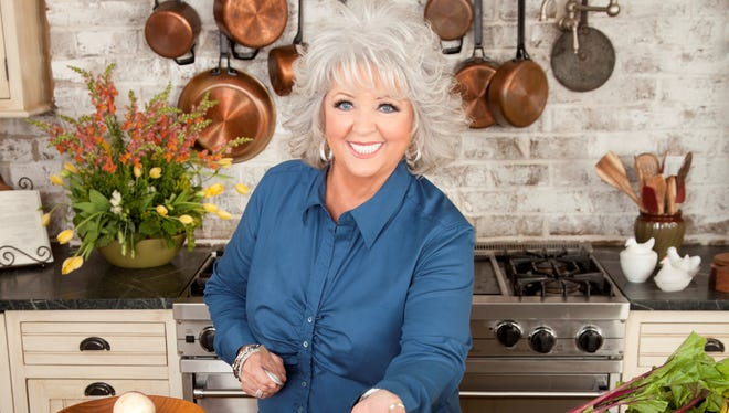 Experts say Paula Deen can still recover from her public-relations disaster.
