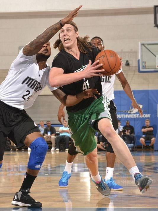 7-7-kelly-olynyk-celtics-summer-league