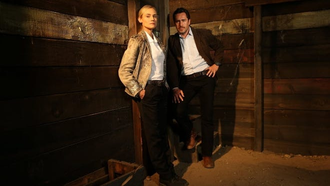 Diane Kruger plays Sonya Cross, an El Paso detective with Asperger's Syndrome who partners with a Mexican investigator  (Demian Bichir) to solve a murder that takes place on the border.