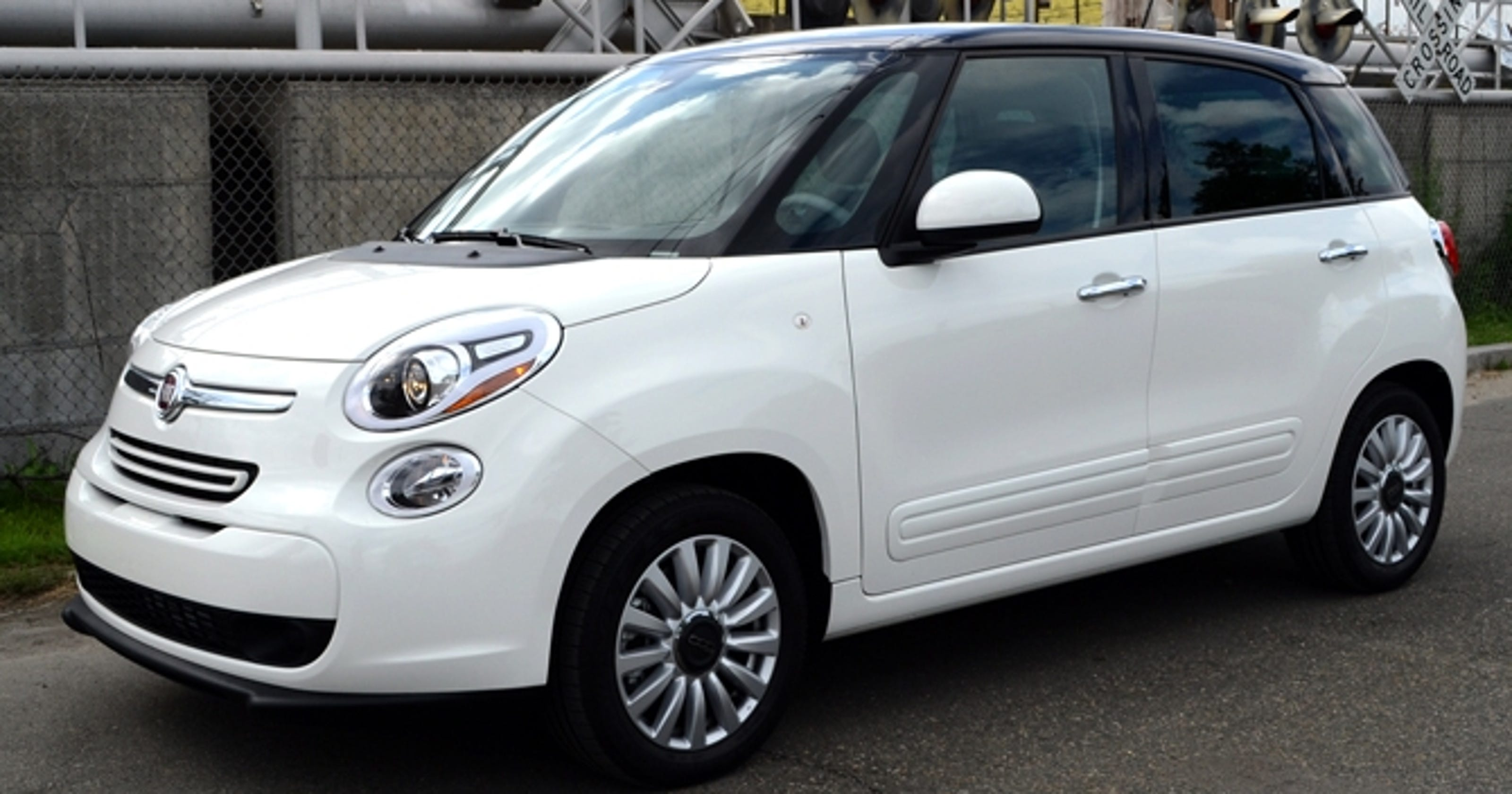 reviewed: first drive of 4-door, 5-seat fiat 500l