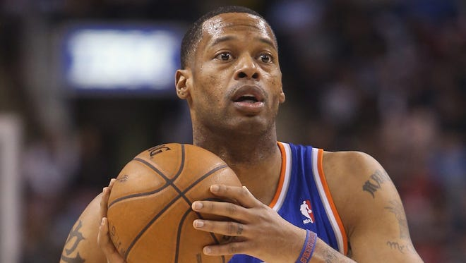 Marcus Camby will back up Dwight Howard for the Rockets.