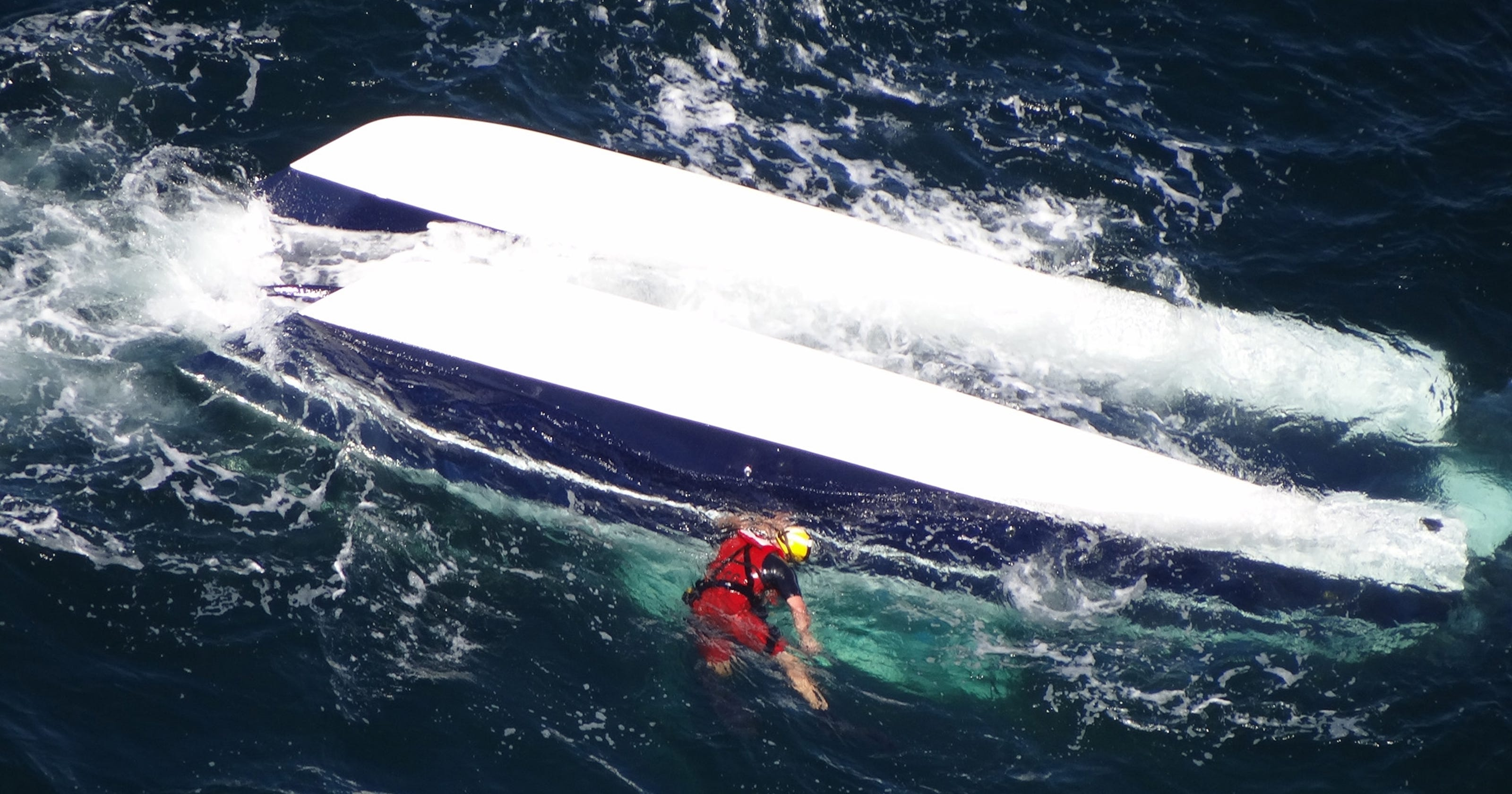2 dead in boating accident off Md  coast
