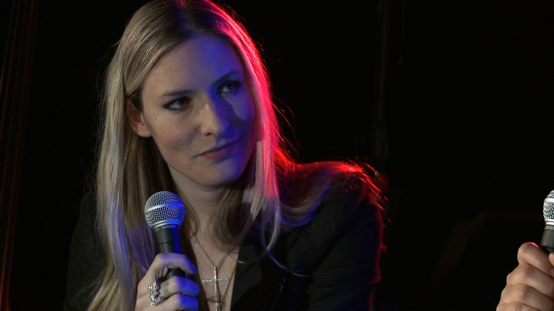 Studioa S Featured Artist Singer Holly Williams