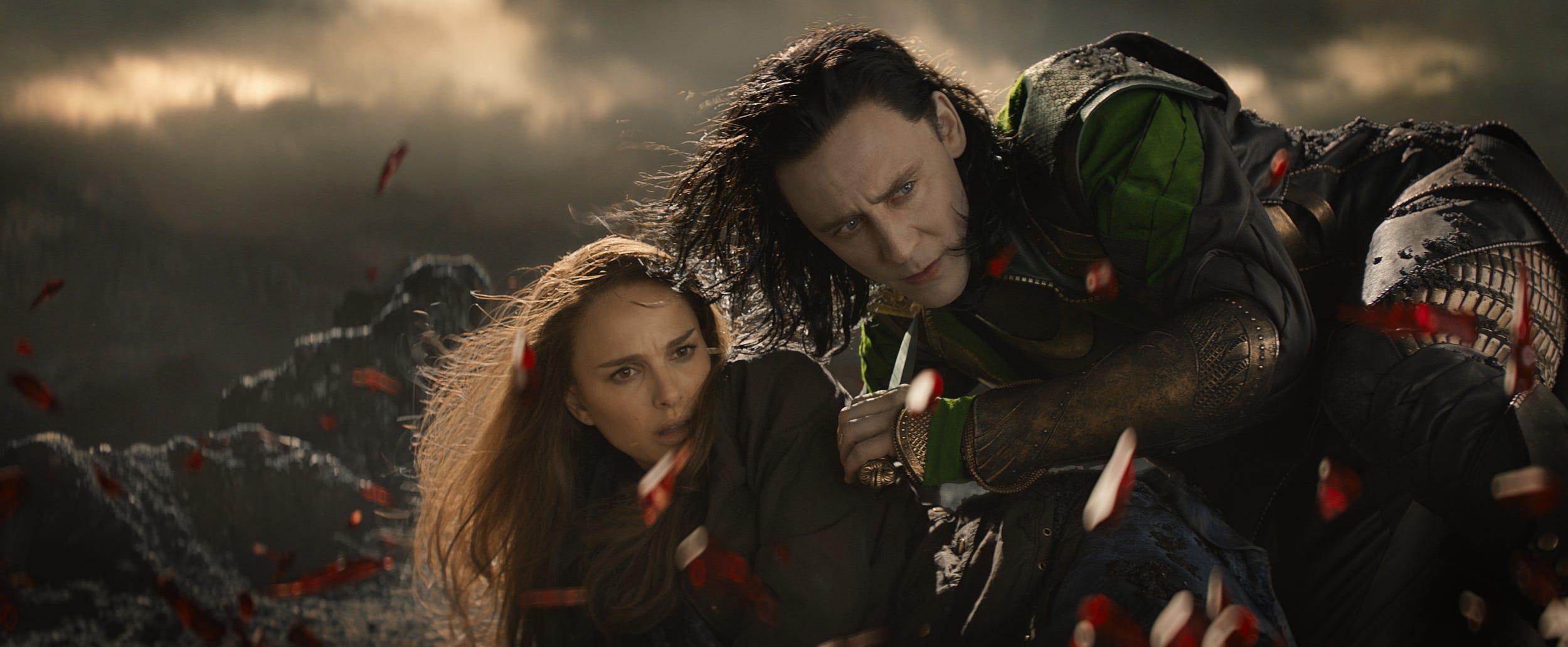 Sunday Geekersation Tom Hiddleston Rules As Loki