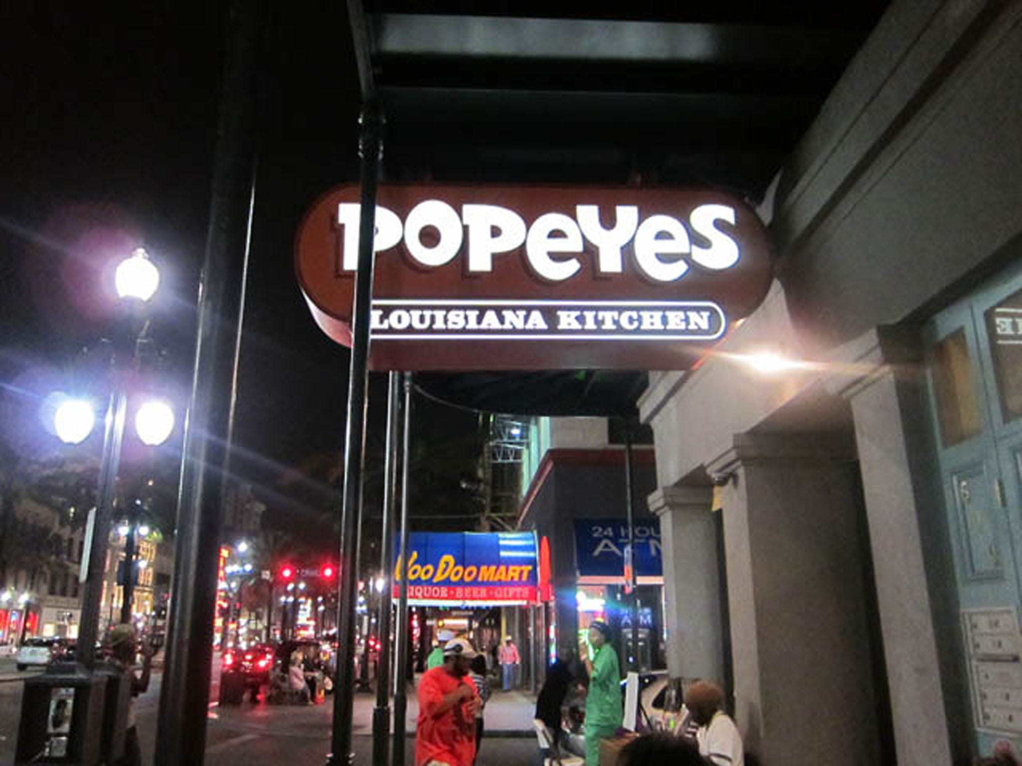 Burger King owner to buy Popeye's for $1.8B