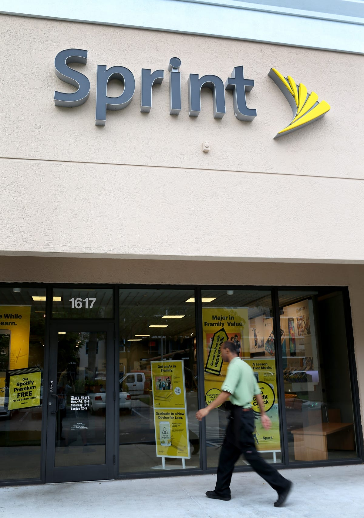 Sprint facing lawsuit over bogus charges on bills