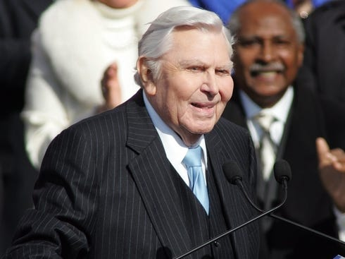 Andy Griffith, shown at Gov. Beverly Perdue's inaugural in 2009 in ...