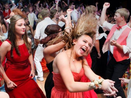 prom spending