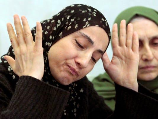 Boston bombing suspects' mom in terror database
