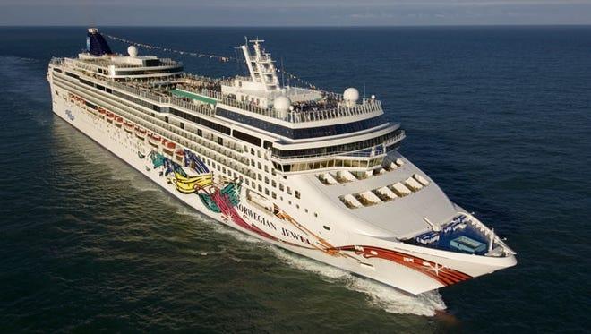 Norwegian Cruise Line's 2,374-passenger Norwegian Jewel.