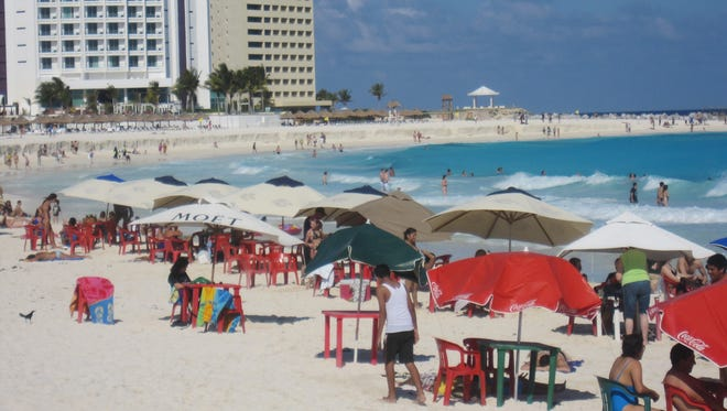 New State Dept. warning exempts most Mexico tourist spots: The U.S. State Department has updated its February 2012 travel warning to Mexico, making few essential changes but in an extremely detailed rundown getting even more specific about what to worry about where.