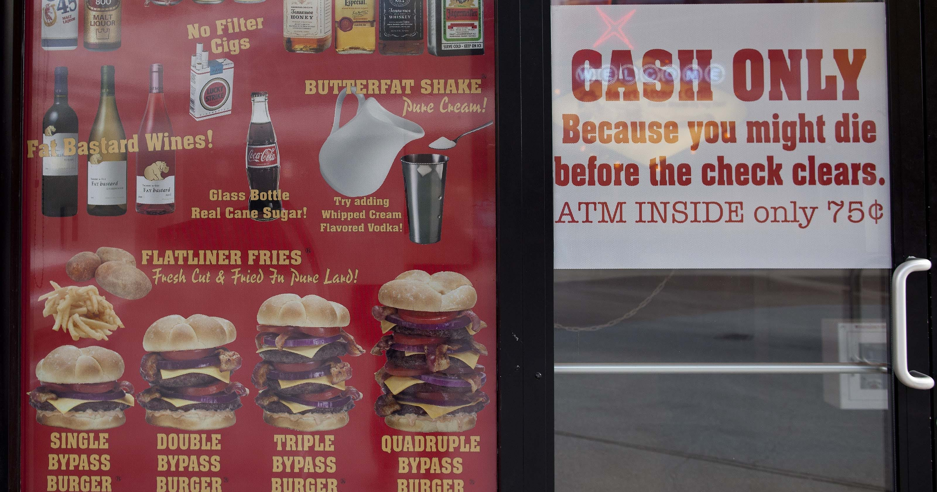customer dies of heart attack at the heart attack grill in vegas. Black Bedroom Furniture Sets. Home Design Ideas