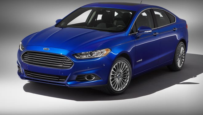 Fusion Hybrid will come with Ford's top trim level, Platinum