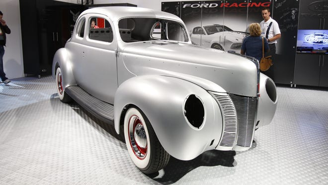 Ford debuted a kit to make a 1940 Ford Coupe aimed at enthusiast who want to build their own. They showed it at the SEMA trade show in Las Vegas.